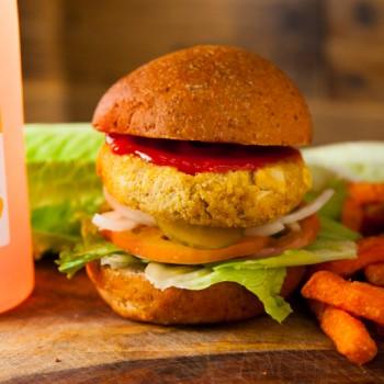DD Burger UrWay Vegan Curry Tofu Quinoa Burger