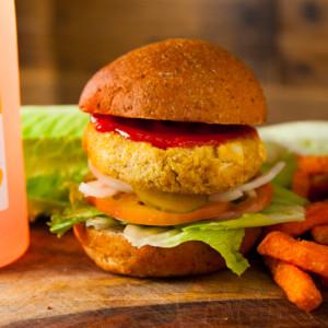 DD-Burger-UrWay-Vegan-Curry-Tofu-Quinoa-Burger-02